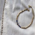 Bracelet de perles laiton brut (doré) et de Lapis-Lazuli Myo Jewel Collection Cléo