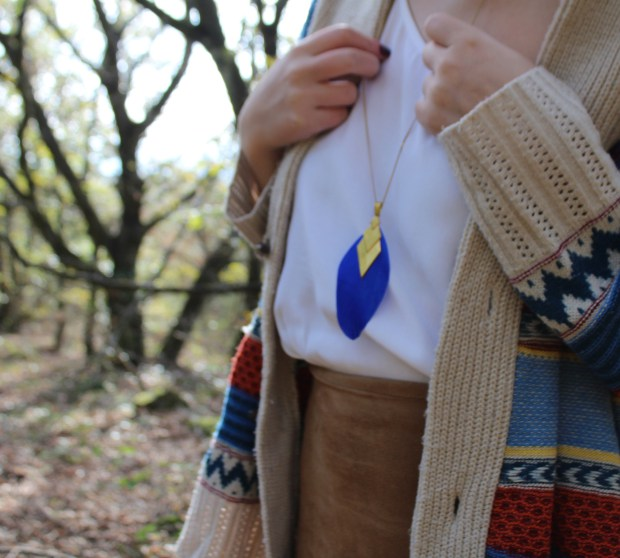 Sautoir plume bleu roi Myo jewel